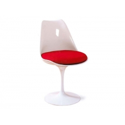 Tulip chair by Eero...