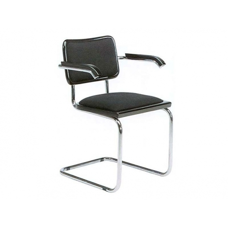 Armchair Cesca 15 Cantilever By Marcel Breuer In 1928 Is One Of The Worldu0027s  Most Famous Chairs From The Bauhaus Age. It Became The Name Breueru0027s  Daughter ...